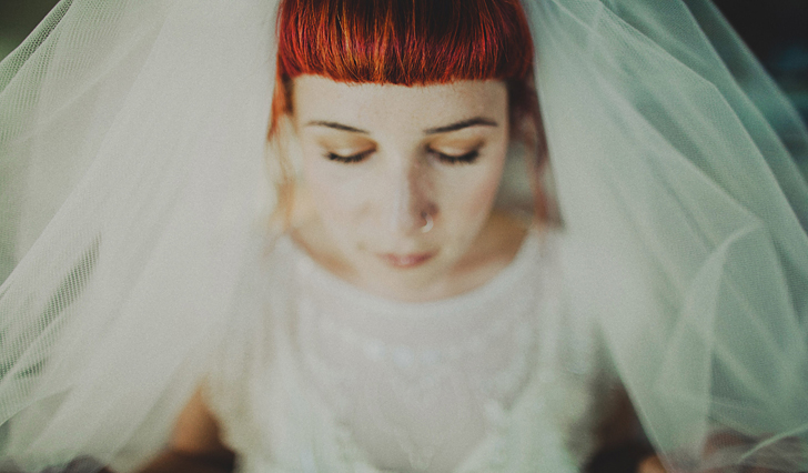 006_jewish_weddings_sydney_college_of_the_arts_wedding_pia_johaf_art_weddings_dan_oday_photography_jewish_wedding_photographer_red_haired_bride_tattoed_brides